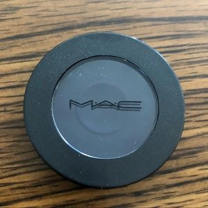 MAC Into the Well Eyeshadow in Switch Me On